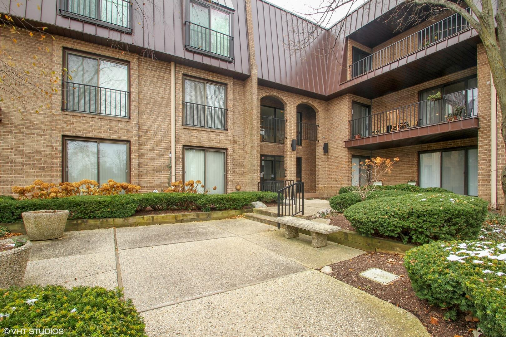 2 The Court Of Harborside Court #308, Northbrook, IL 60062 - #: 10863560