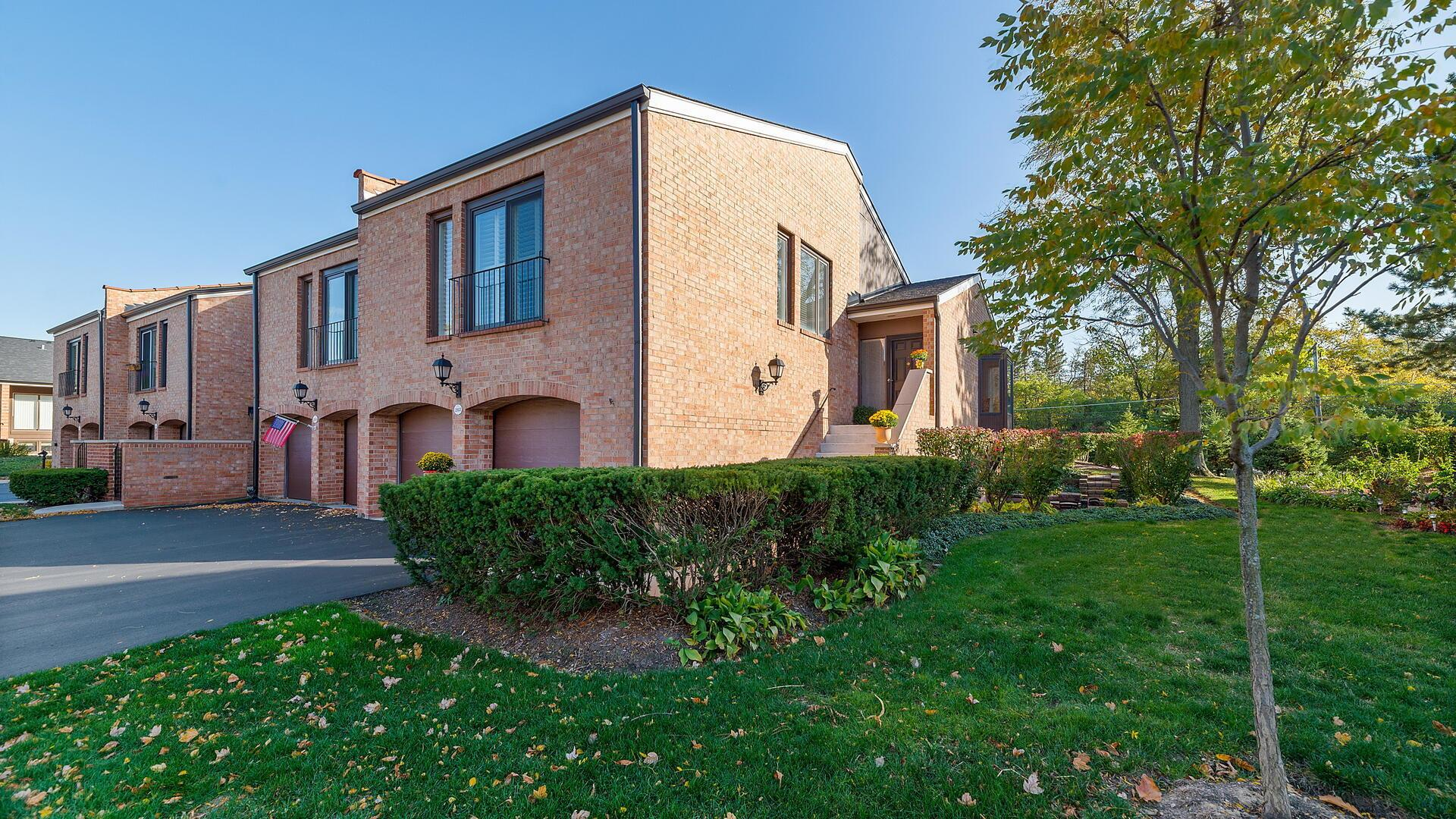 19w263 Governors Trail, Oak Brook, IL 60523 - #: 10896569