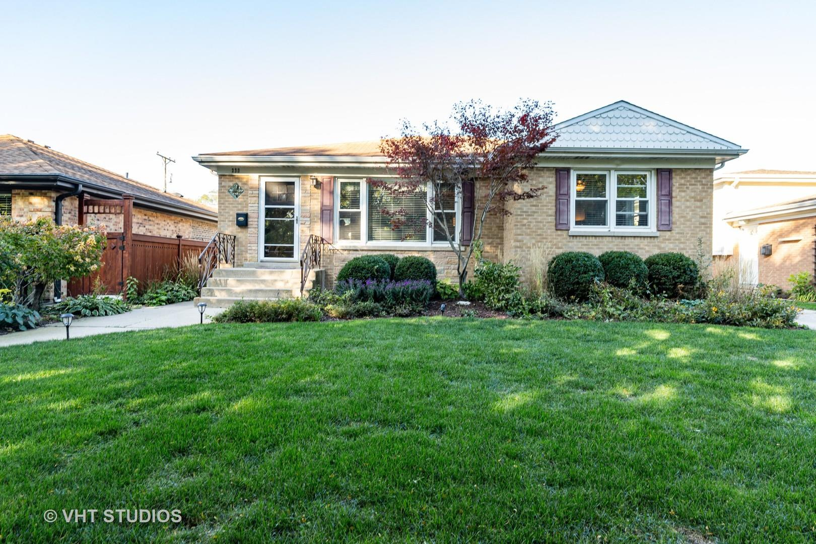 238 N Chester Avenue, Park Ridge, IL 60068 - #: 10912569