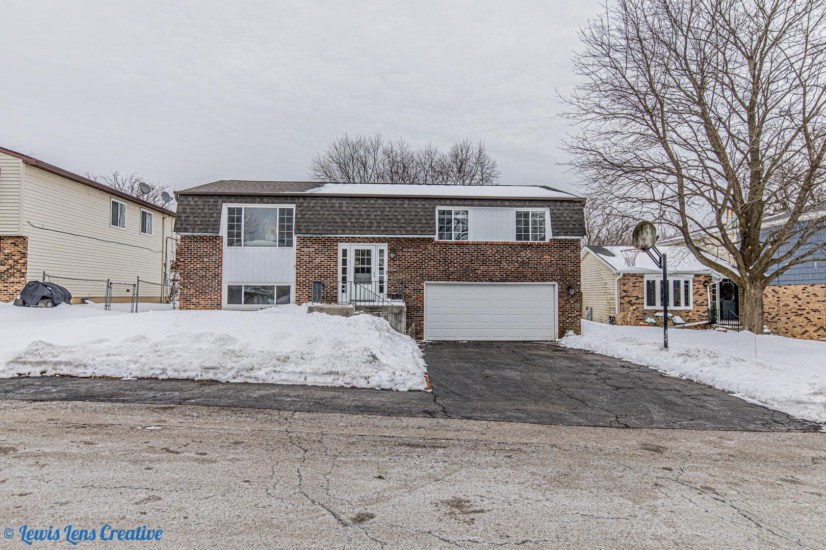 5316 W Lake Shore Drive, Oakwood Hills, IL 60013 - #: 10960573