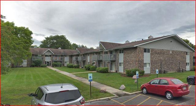 16W585 MOCKINGBIRD Lane #106, Willowbrook, IL 60527 - #: 10998573