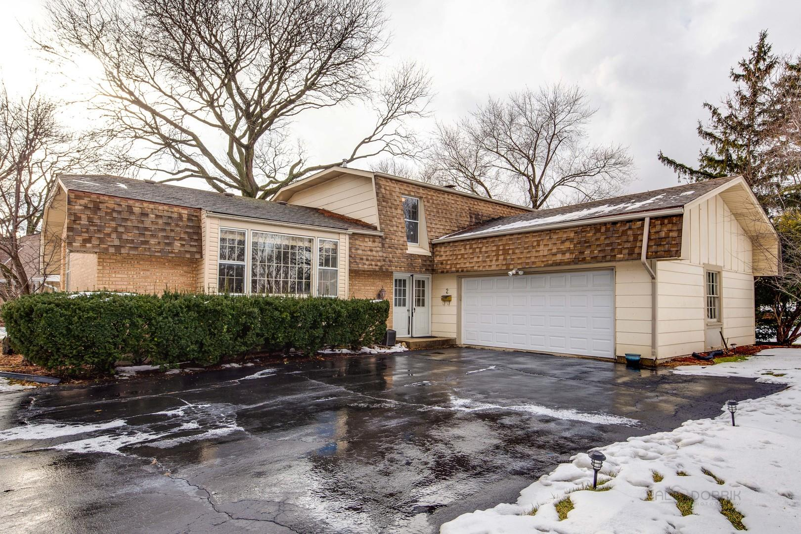 2 Woods Chapel Road, Rolling Meadows, IL 60008 - #: 10972577