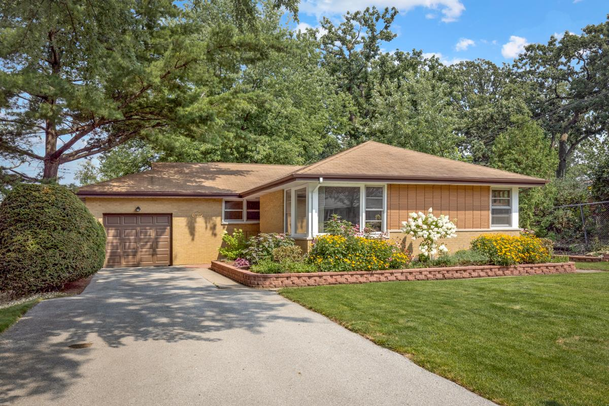 12827 S Westgate Drive, Palos Heights, IL 60463 - #: 11168579