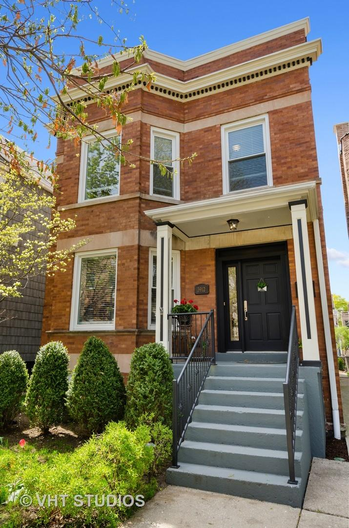 3912 N Bell Avenue, Chicago, IL 60618 - #: 11073583