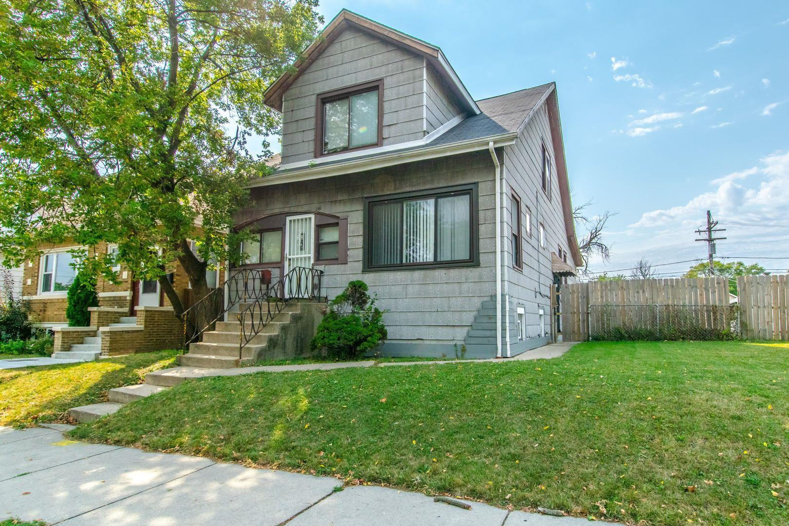 2112 N Mulligan Avenue, Chicago, IL 60639 - #: 10853587