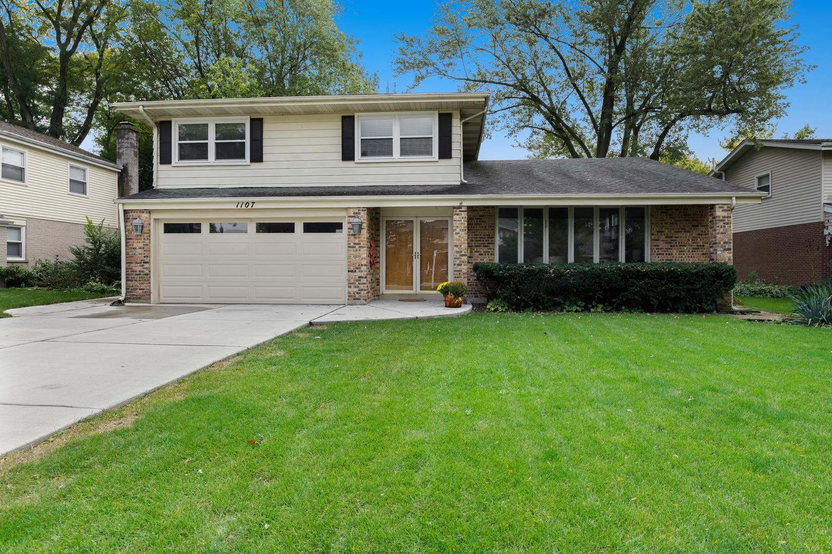 1107 E Campbell Street, Arlington Heights, IL 60004 - #: 10885587