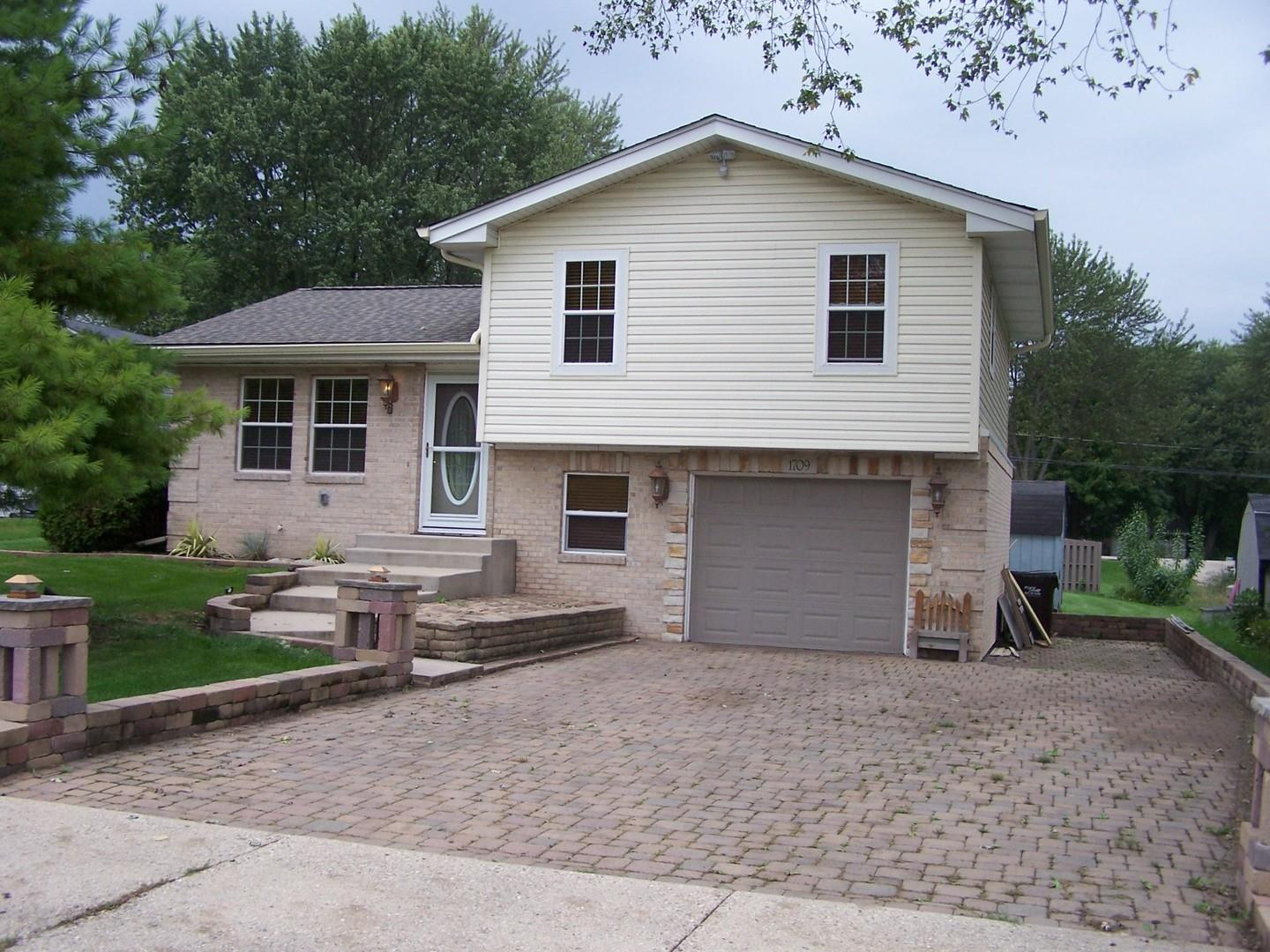1709 ROGERS Avenue, McHenry, IL 60050 - #: 11119588