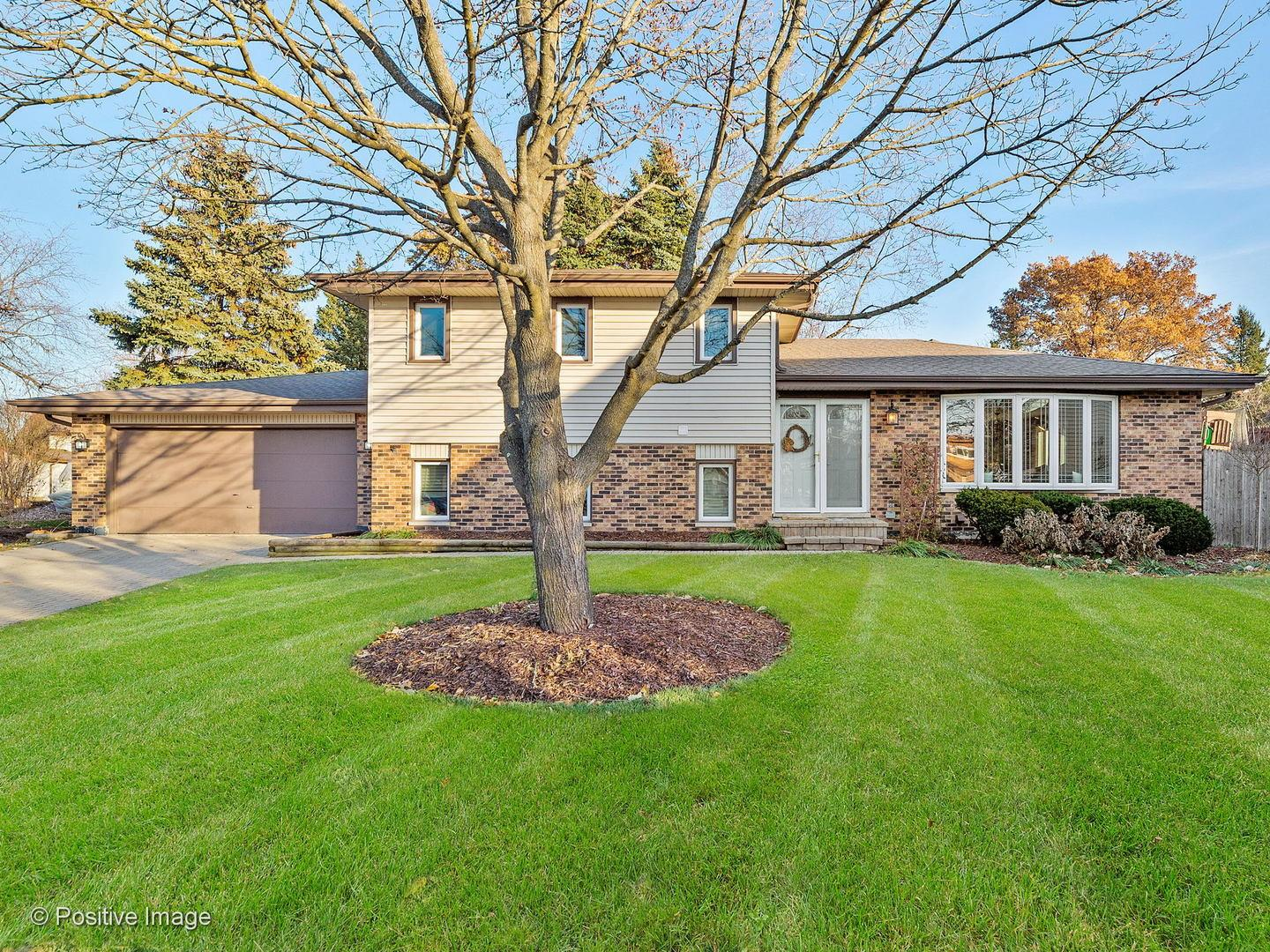 7081 Hobart Avenue, Downers Grove, IL 60516 - #: 10854594