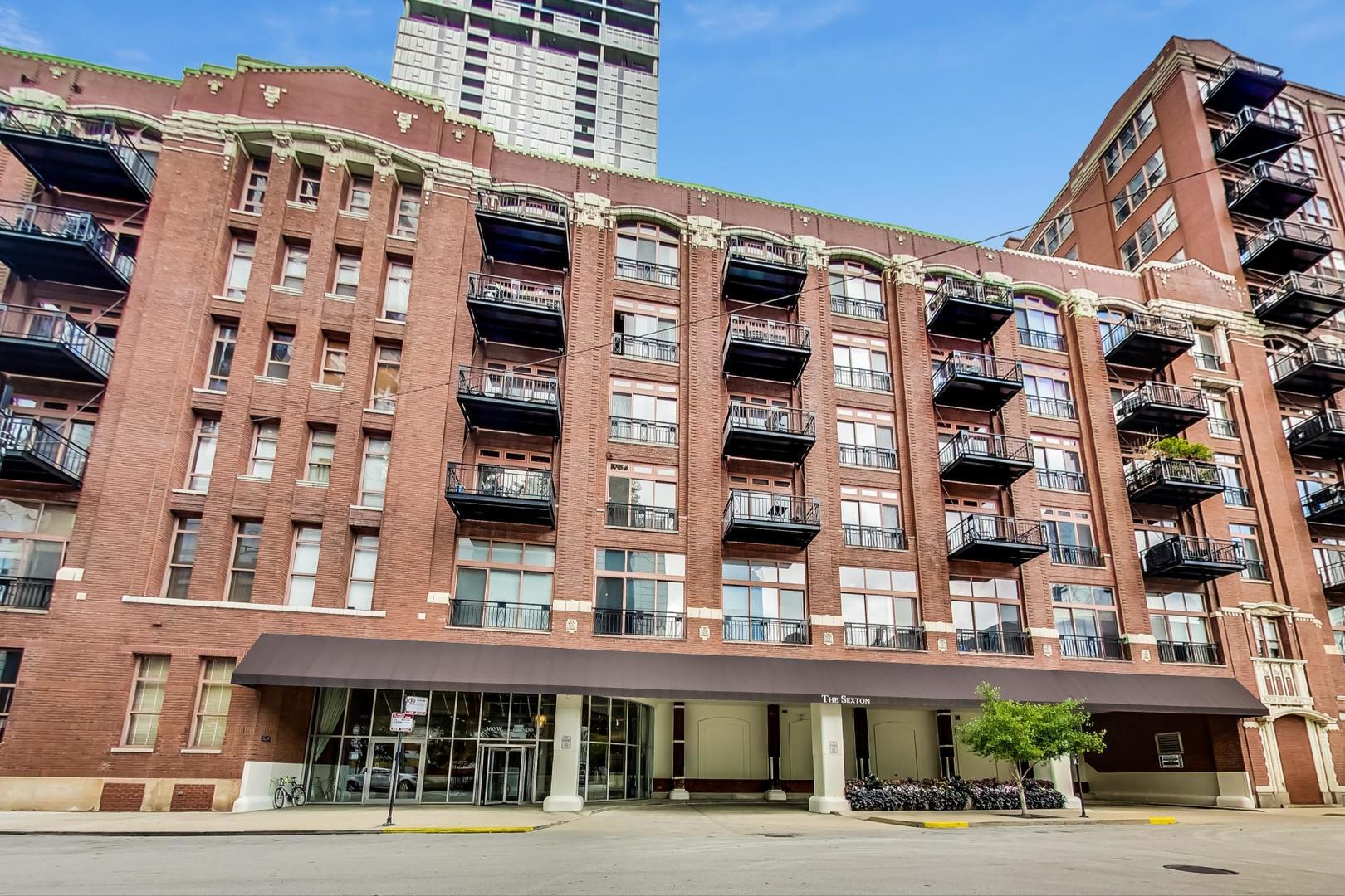 360 W Illinois Street #107, Chicago, IL 60654 - #: 10887594