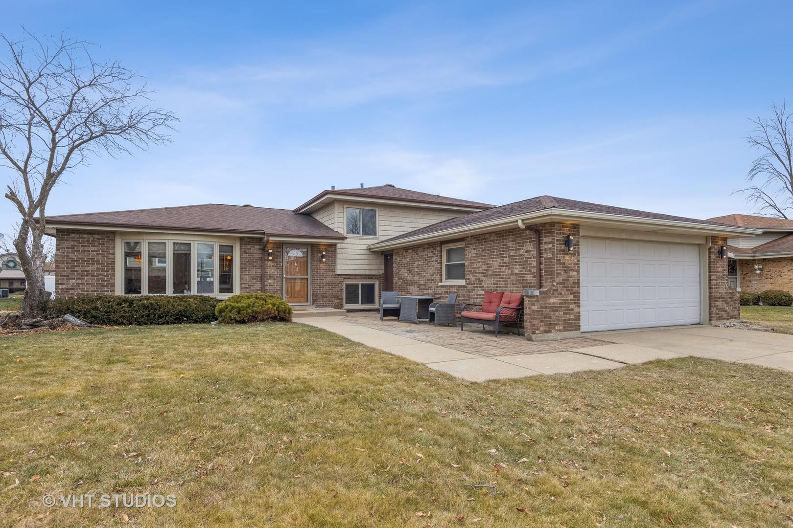 1509 Baker Place, Downers Grove, IL 60516 - #: 10968595