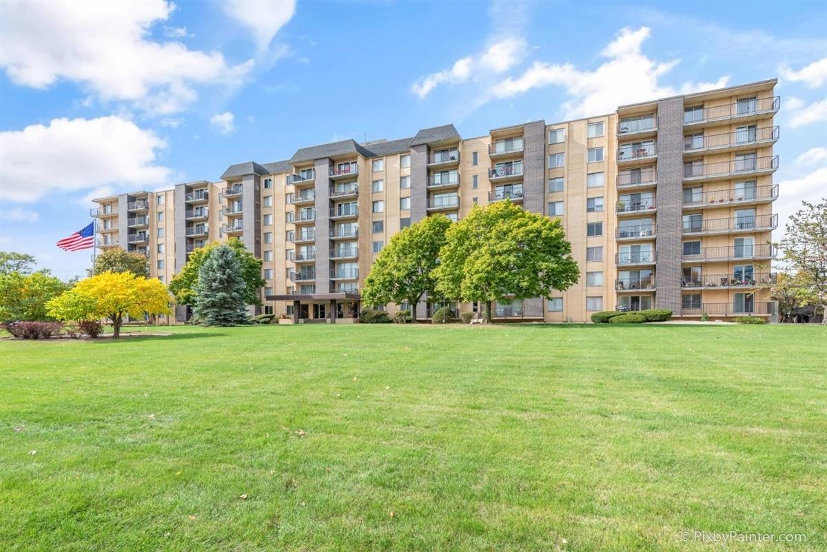 5400 Walnut Avenue #808, Downers Grove, IL 60515 - #: 10939601