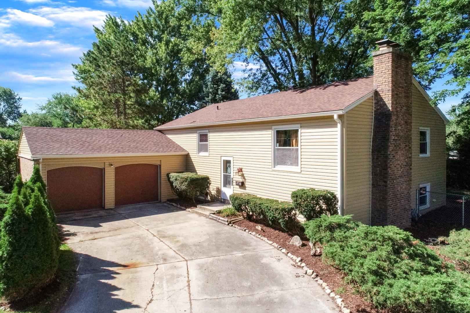 13 Woodcliff Road, Montgomery, IL 60538 - #: 10846606