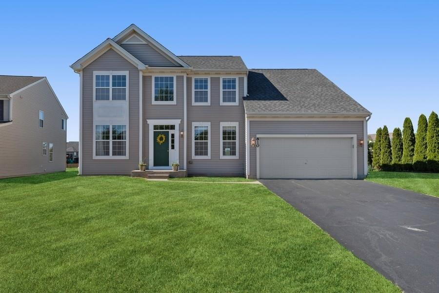 810 Bach Court, Woodstock, IL 60098 - #: 11126606