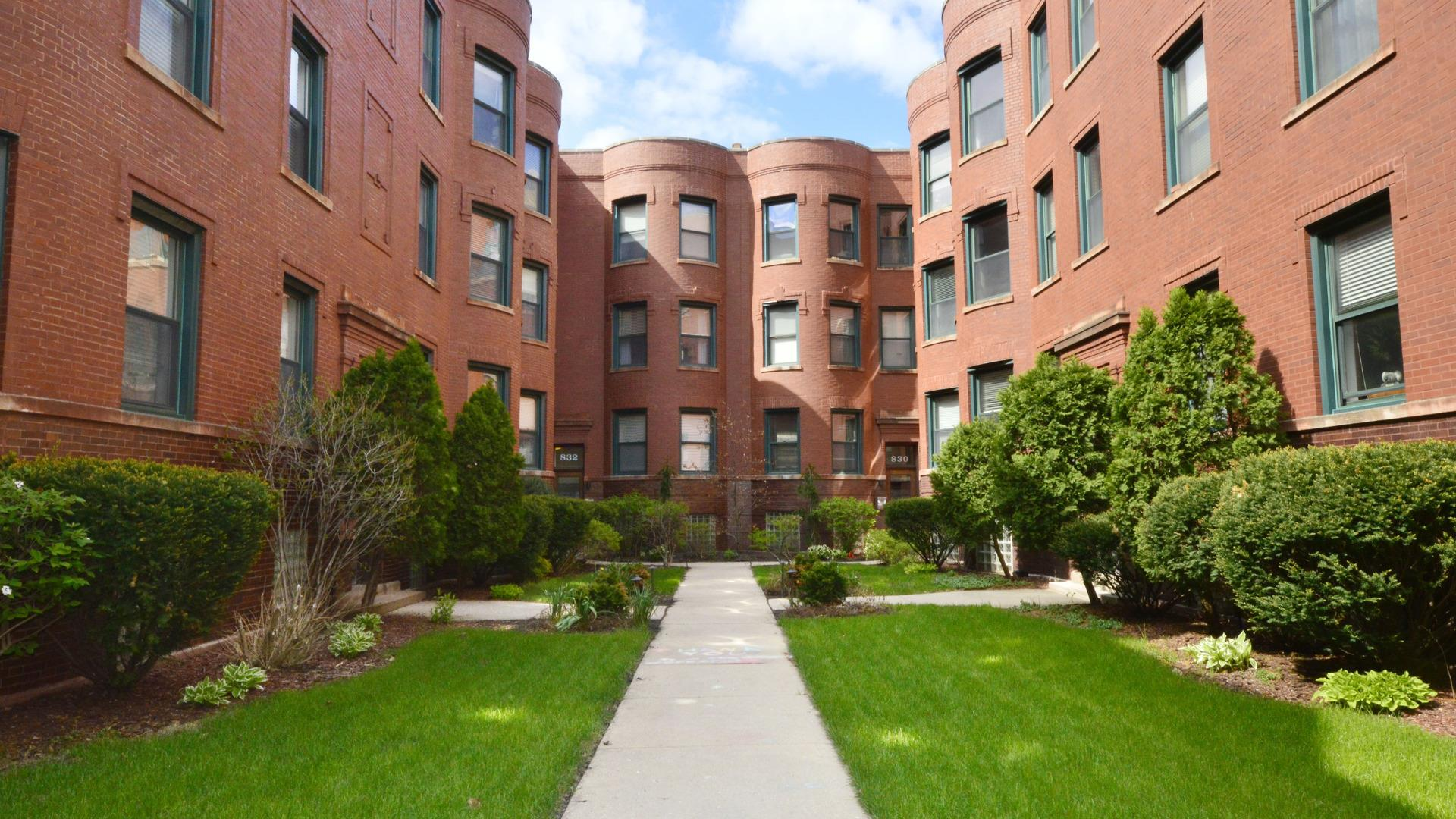 828 W Lakeside Place #3N, Chicago, IL 60640 - #: 11040607