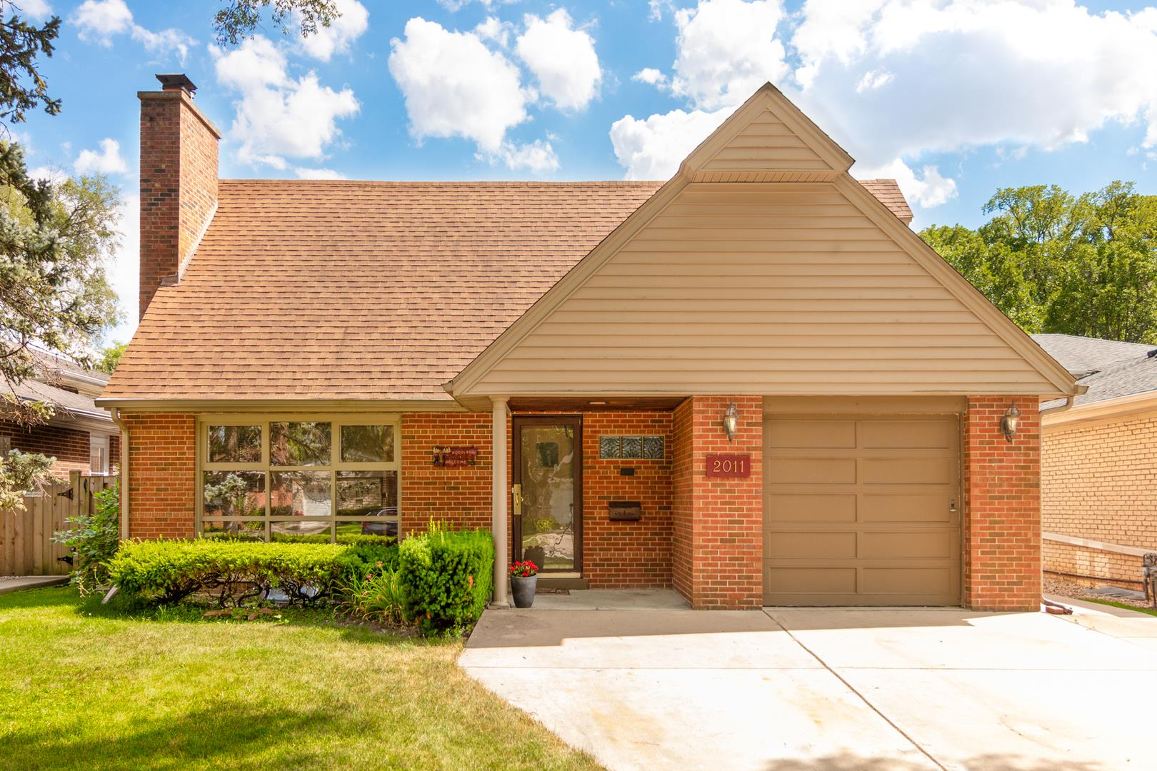 2011 Woodland Avenue, Park Ridge, IL 60068 - #: 10836612