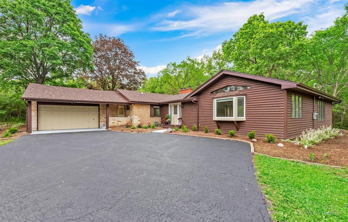 7420 Bull Valley Road, McHenry, IL 60050 - #: 11097612