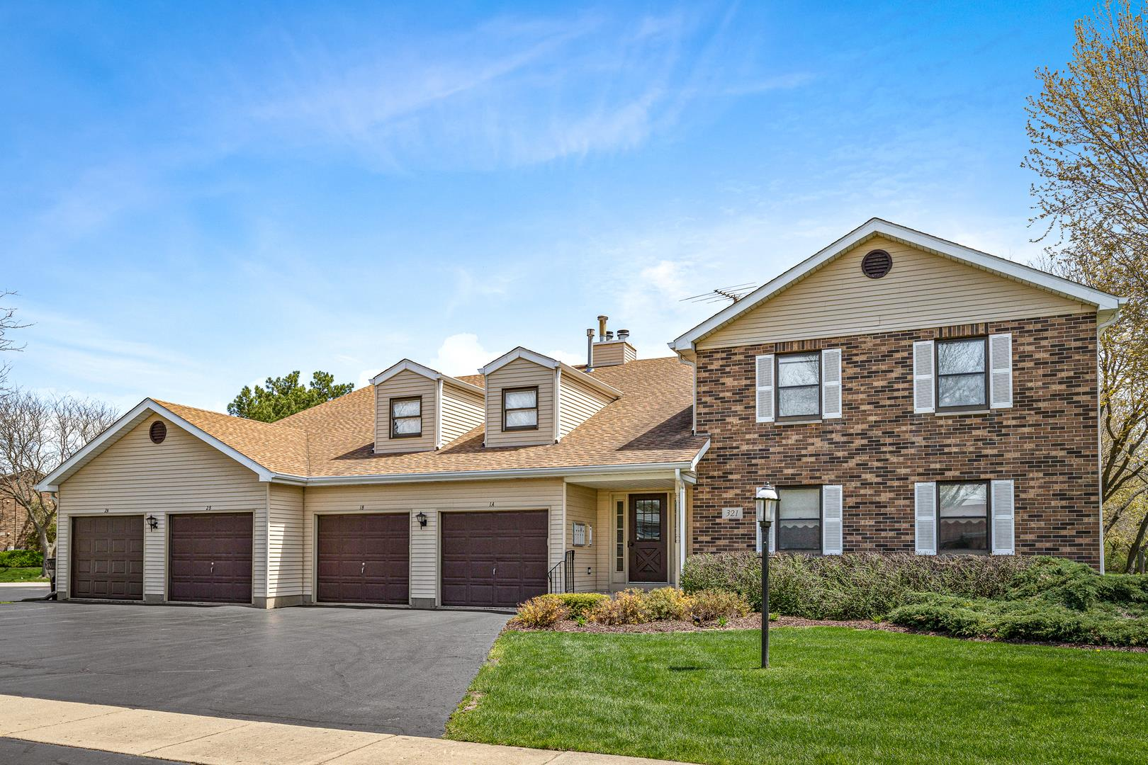 321 Everett Avenue #2A, Crystal Lake, IL 60014 - #: 10706614