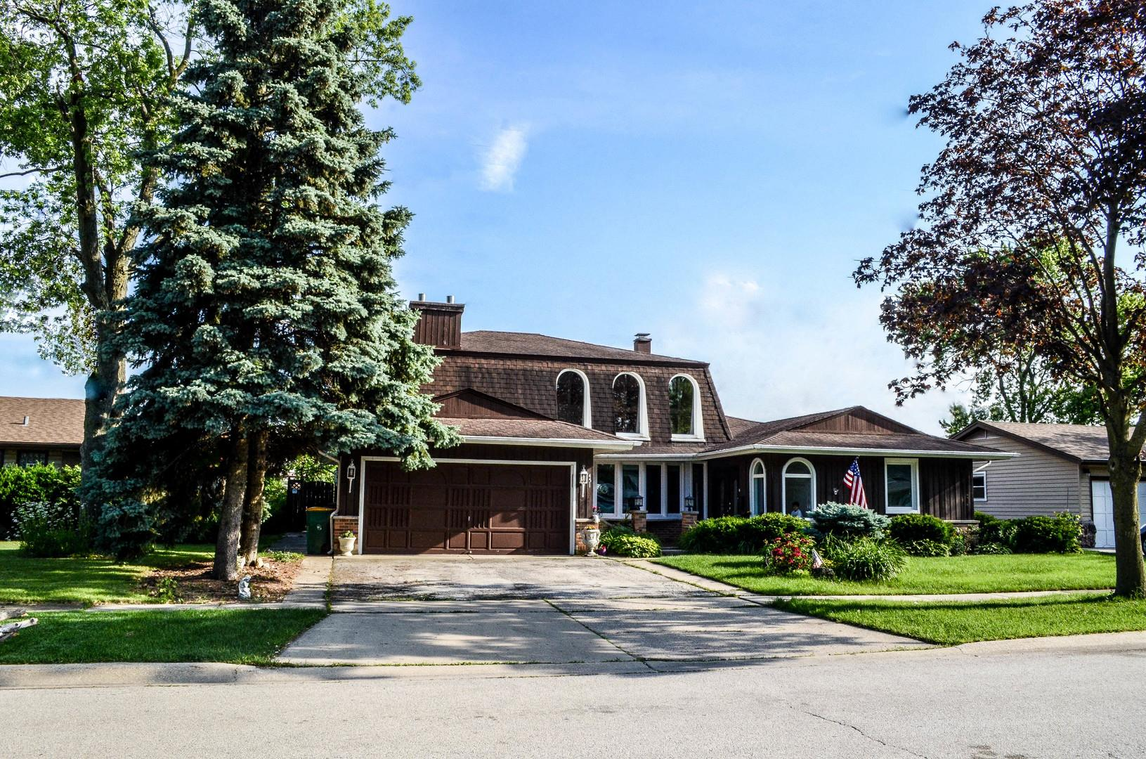 451 Walnut Lane, Elk Grove Village, IL 60007 - #: 10665615