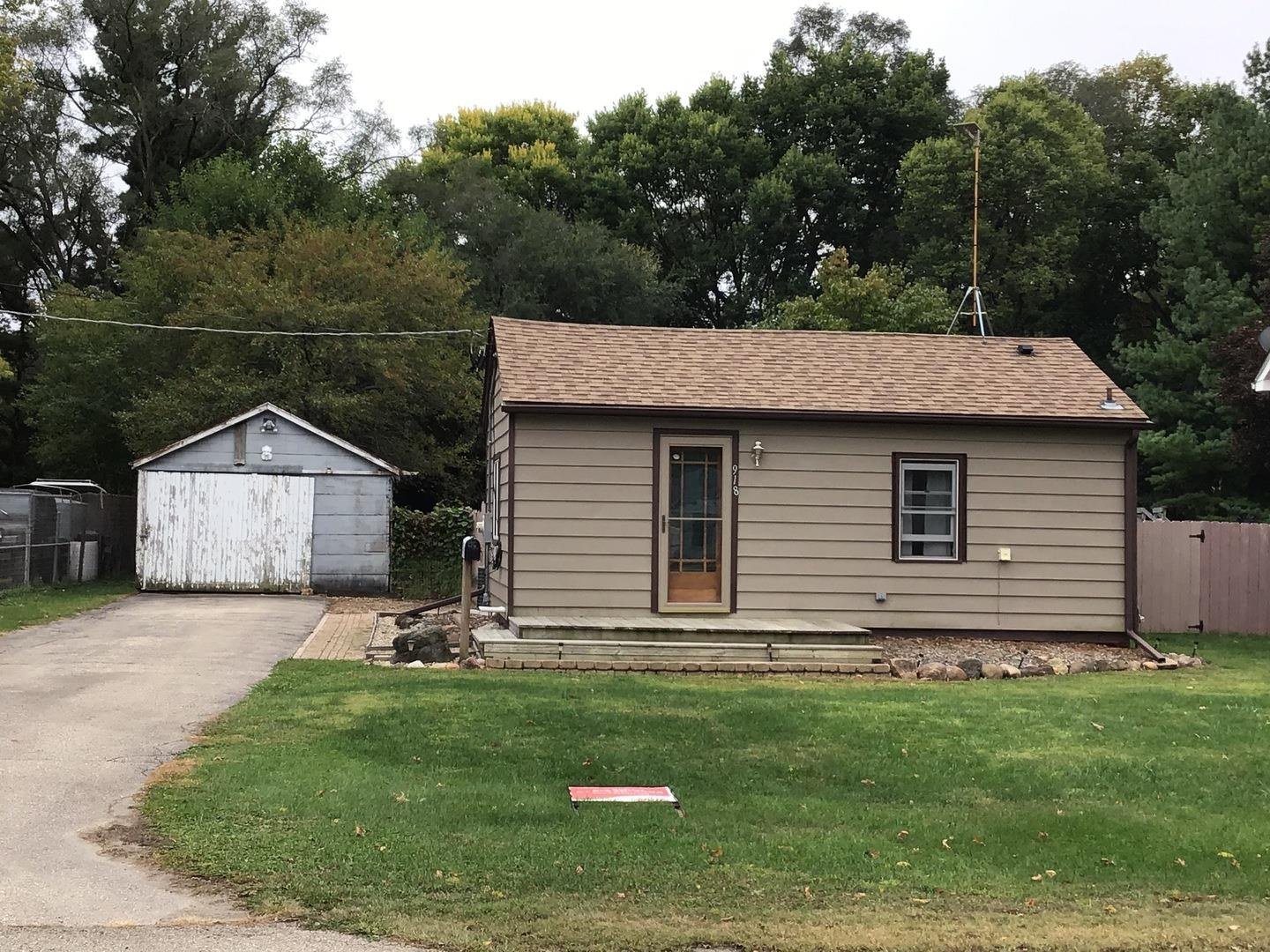 918 W Perry Street, Belvidere, IL 61008 - #: 10883621