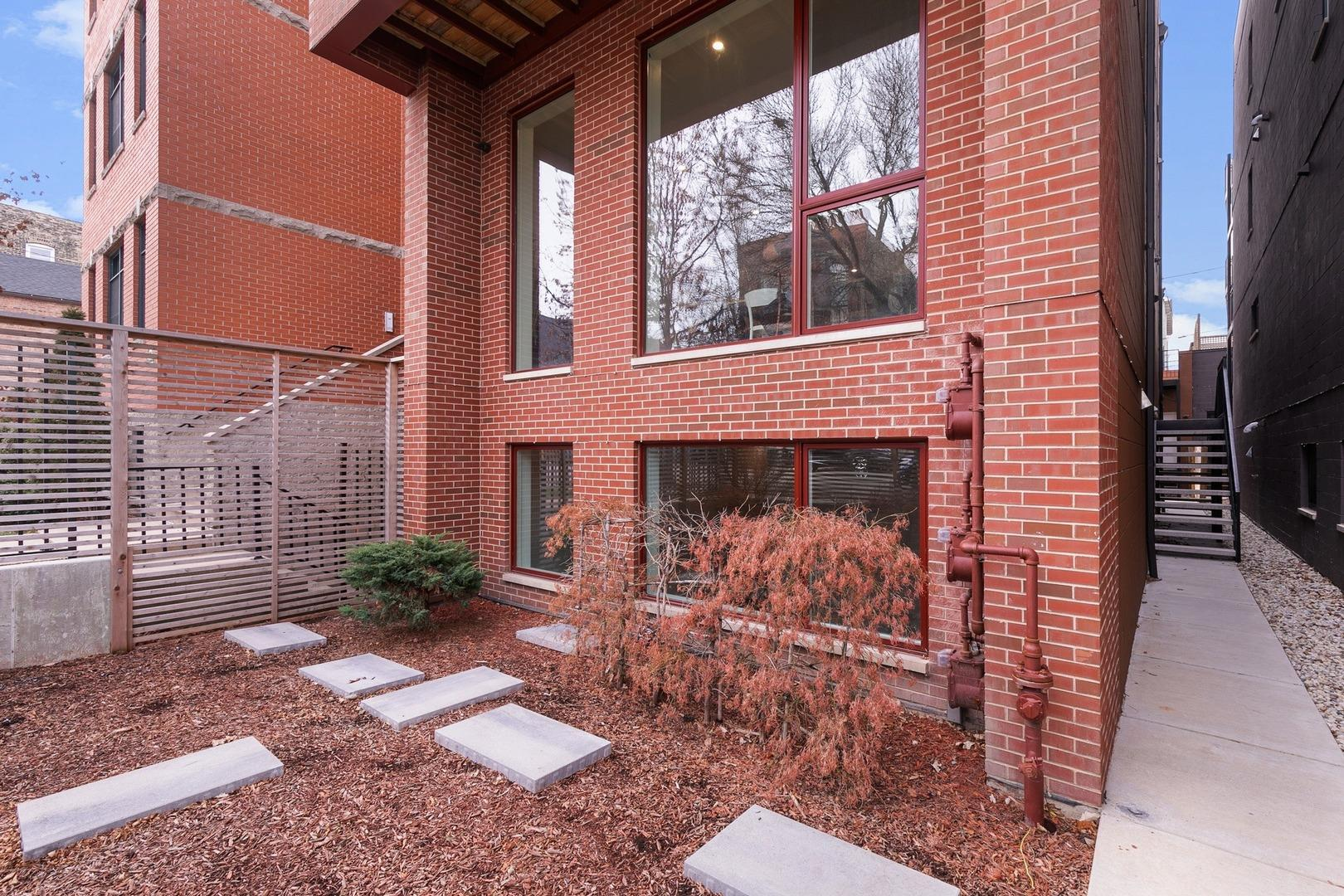 1104 N Marshfield Avenue #1, Chicago, IL 60622 - #: 11003624