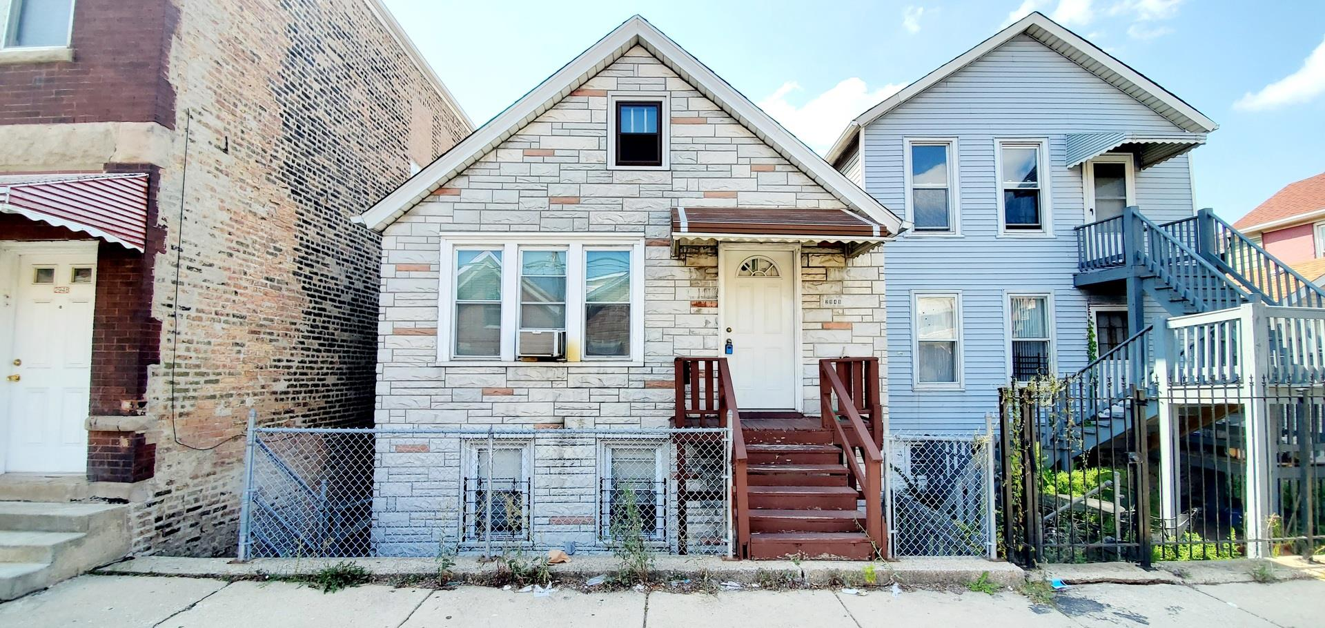 2946 S Keeley Street, Chicago, IL 60608 - #: 10883628