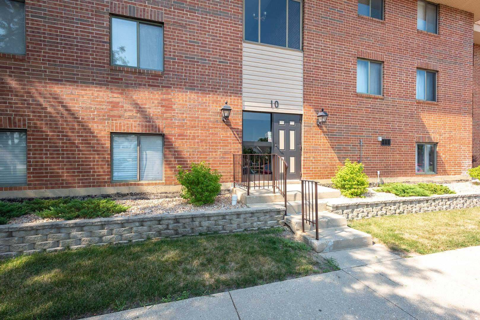 10 E Fountainview Lane #2A, Lombard, IL 60148 - #: 10776633