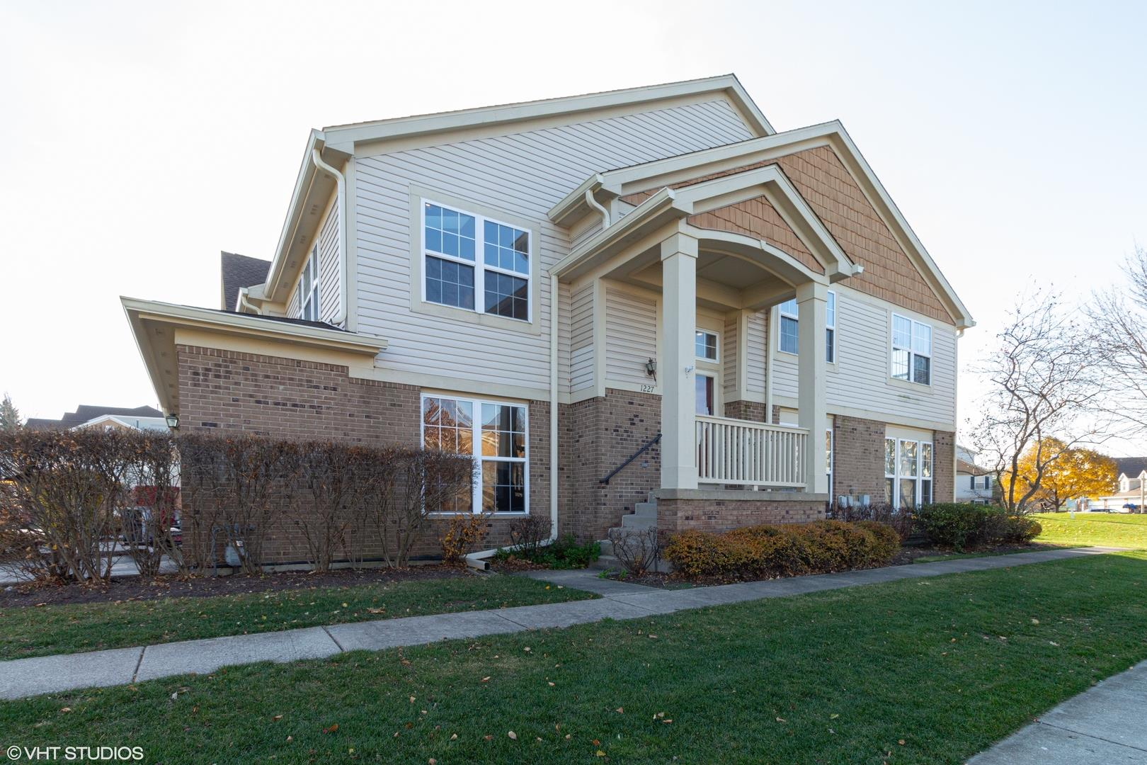 1227 Georgetown Way, Vernon Hills, IL 60061 - #: 10929635