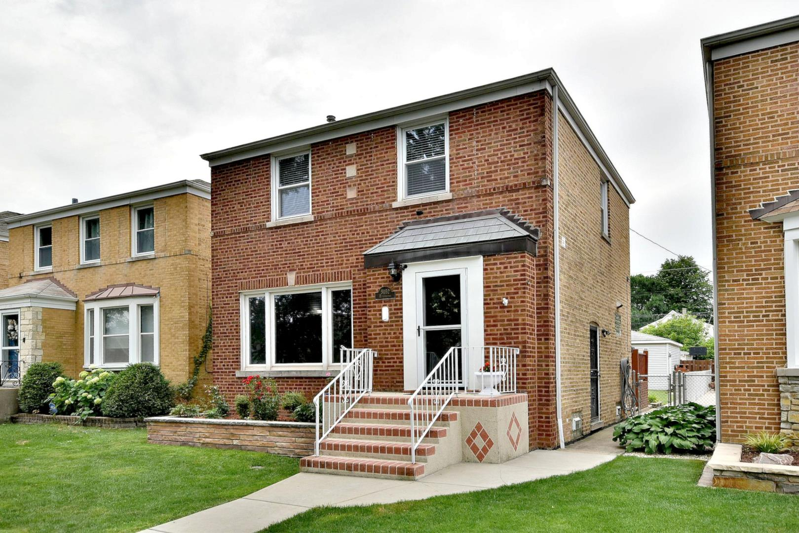 5052 N Rutherford Avenue, Chicago, IL 60656 - #: 11005635
