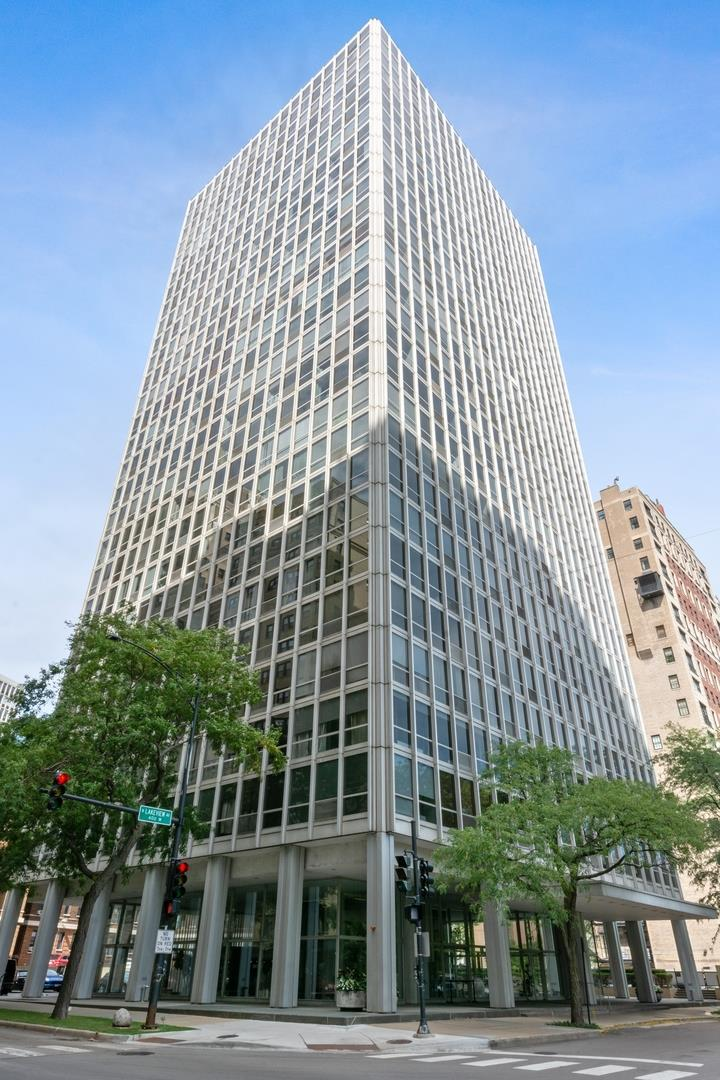 2400 N Lakeview Avenue #915, Chicago, IL 60614 - #: 10862636