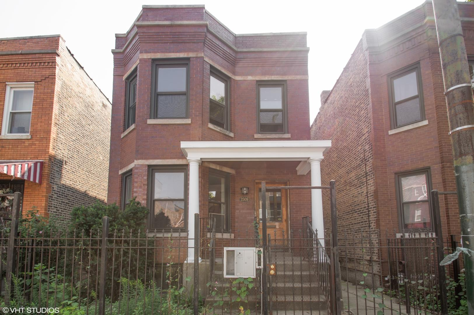 2509 W diversey Avenue, Chicago, IL 60647 - #: 10883642