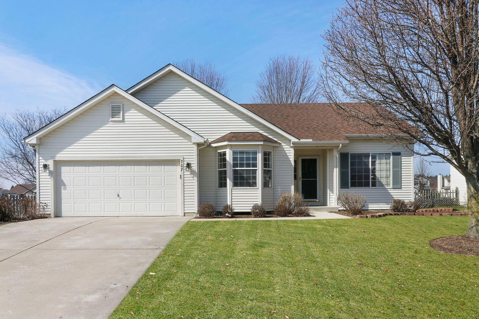707 Wedgewood Trail, McHenry, IL 60050 - #: 11020642