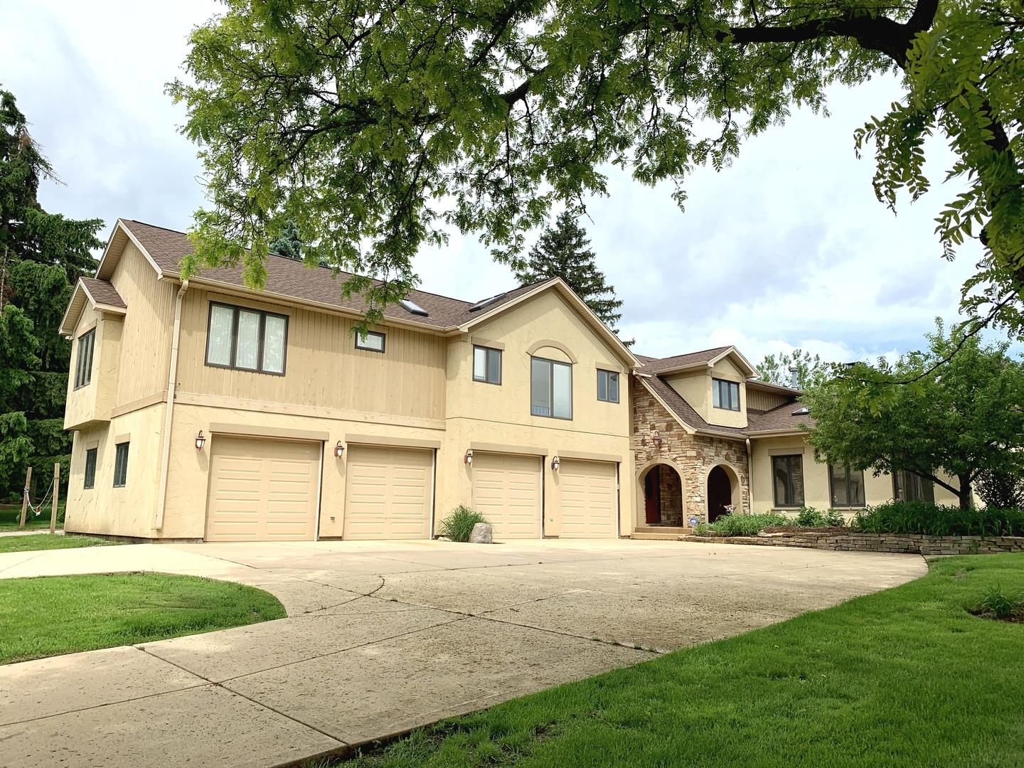 30W070 SMITH Road, West Chicago, IL 60185 - #: 10640644