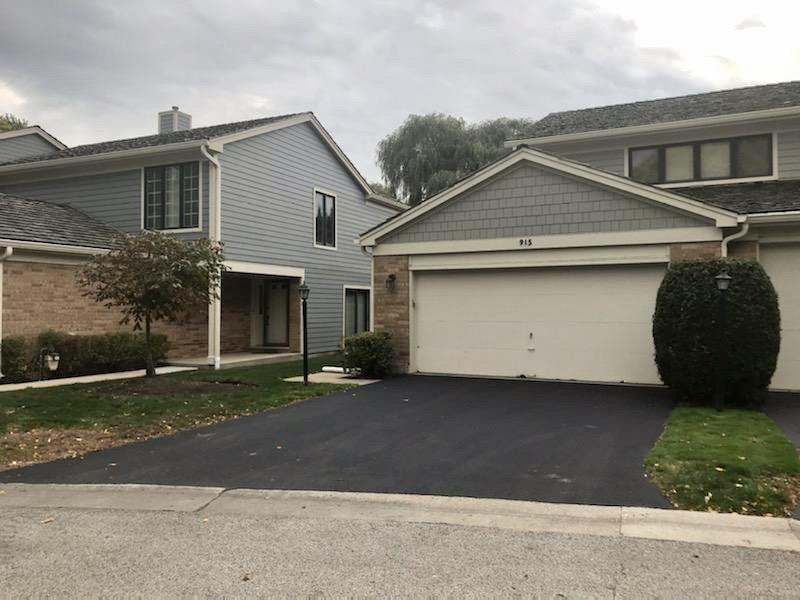 915 Suffolk Court, Libertyville, IL 60048 - #: 10893646