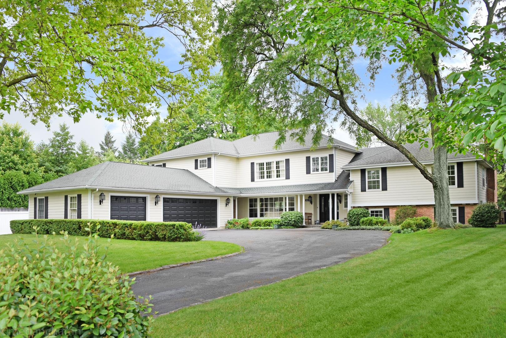 915 Pine Tree Lane, Winnetka, IL 60093 - #: 10607647