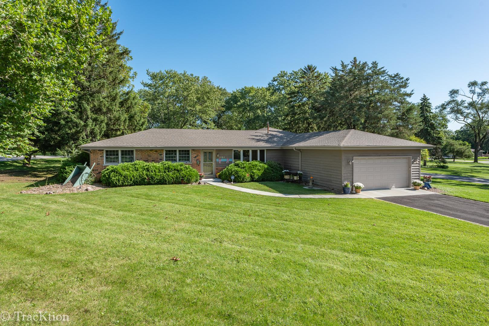 1124 86th Street, Downers Grove, IL 60516 - #: 10825649