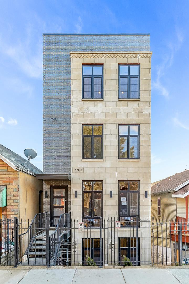 2207 W 21st Place #3, Chicago, IL 60608 - #: 10963651