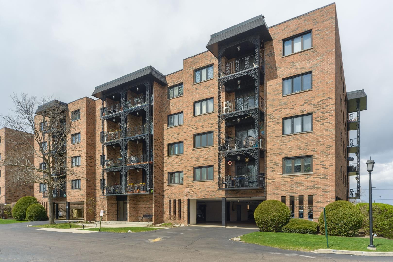 9356 Landings Lane #302, Des Plaines, IL 60016 - MLS#: 10850652