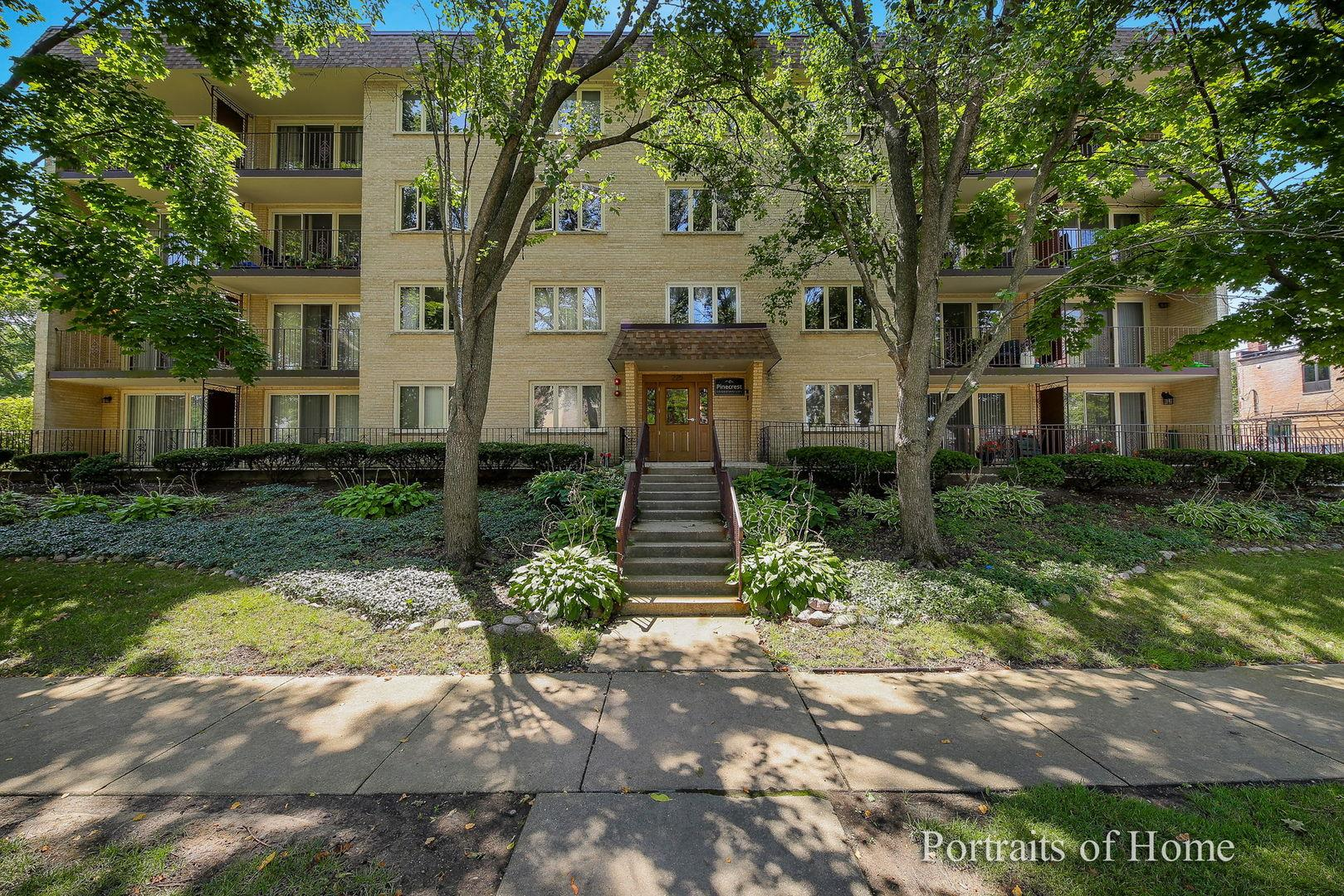 225 E Wing Street #401, Arlington Heights, IL 60004 - #: 10880652