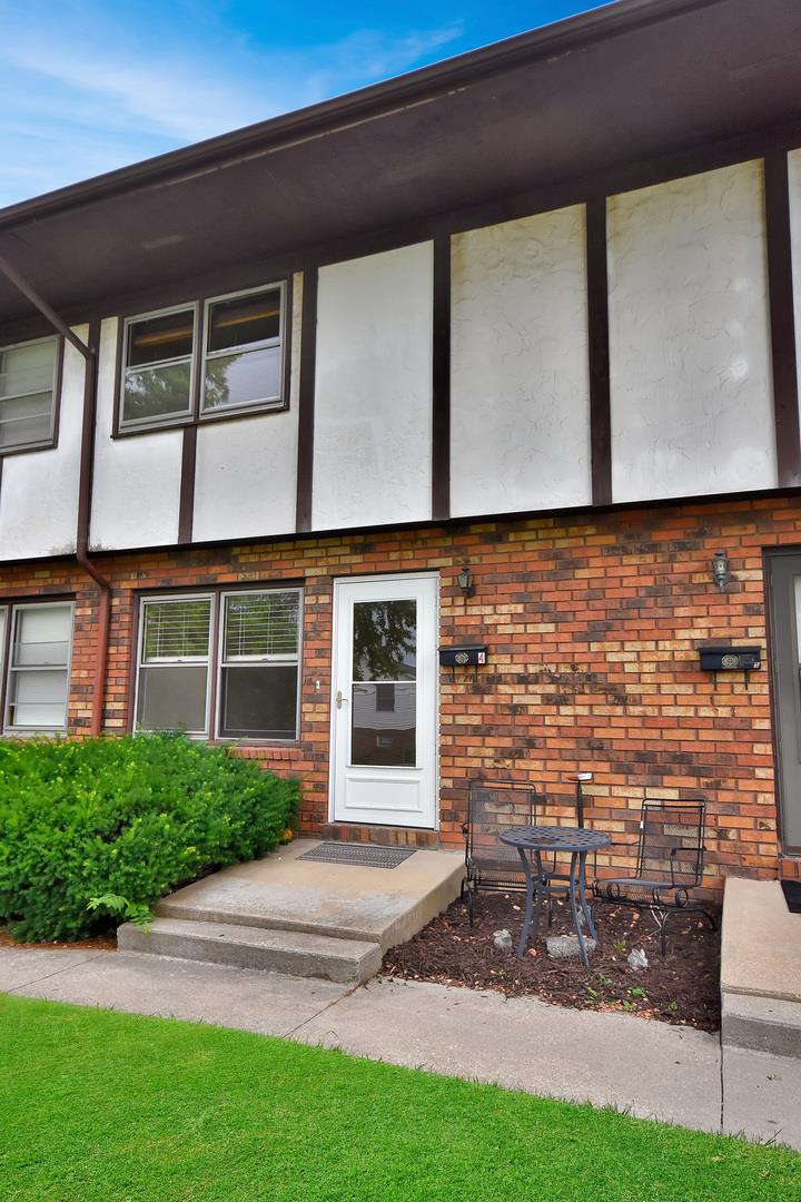 706 Golfcrest Road #4, Normal, IL 61761 - #: 11162652