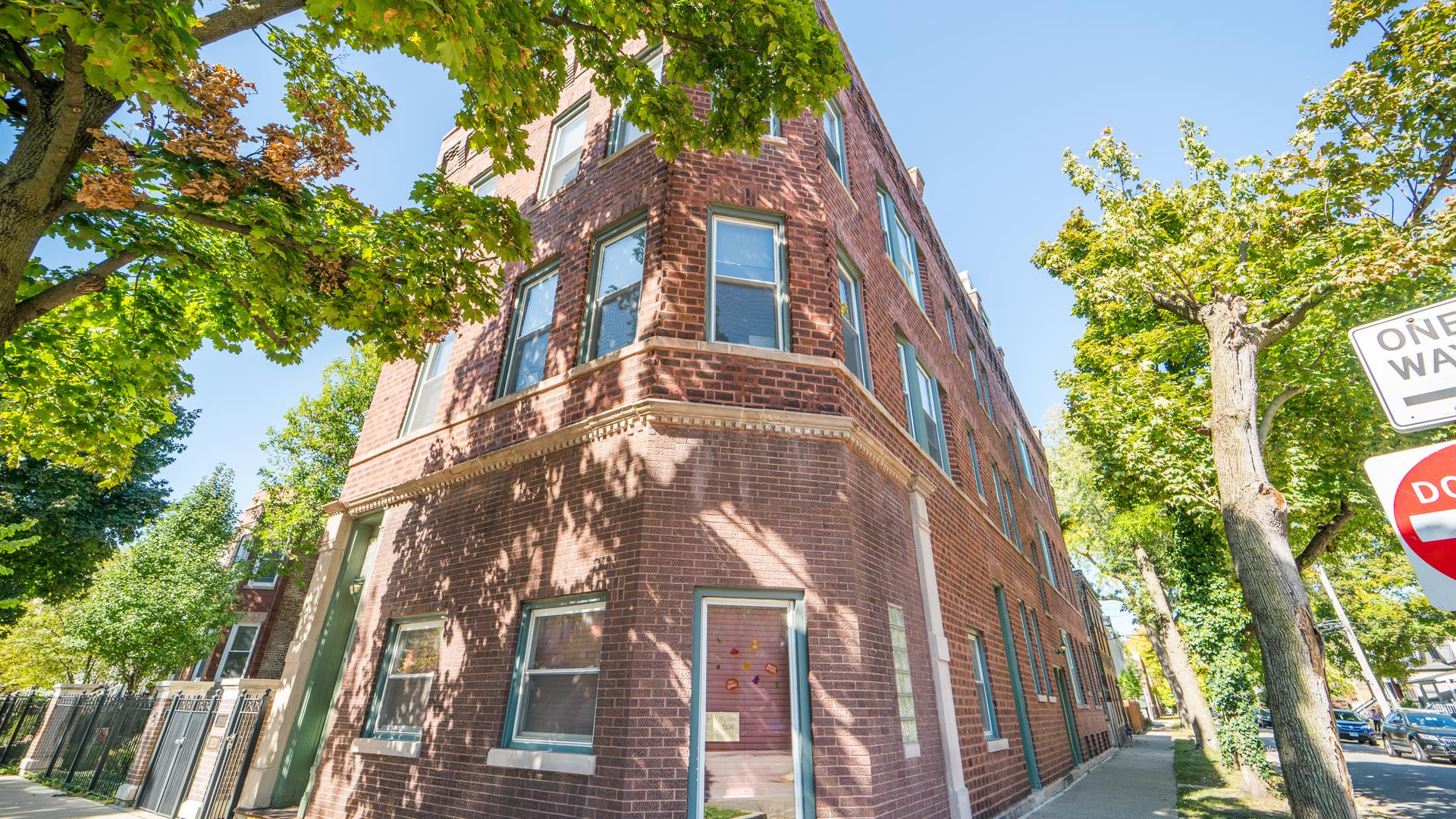 3004 N Honore Street #3R, Chicago, IL 60657 - #: 10897653