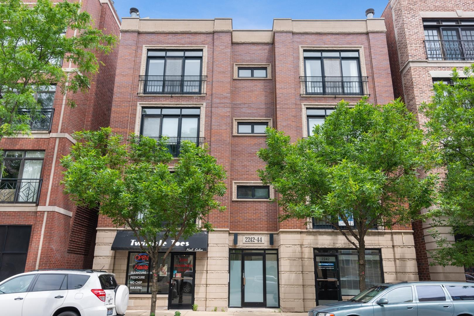 2242 W Belmont Avenue #4E, Chicago, IL 60618 - #: 11033658