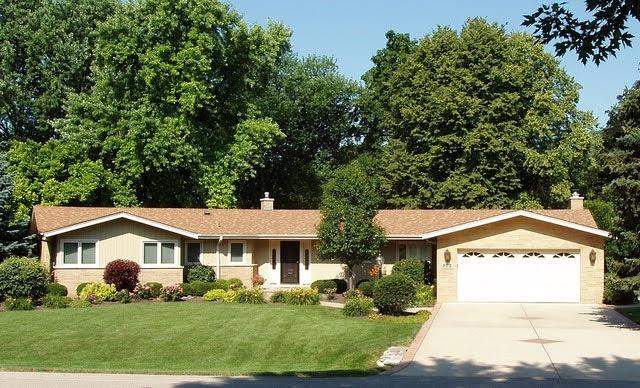 302 N ELMWOOD Lane, Palatine, IL 60067 - #: 10989661