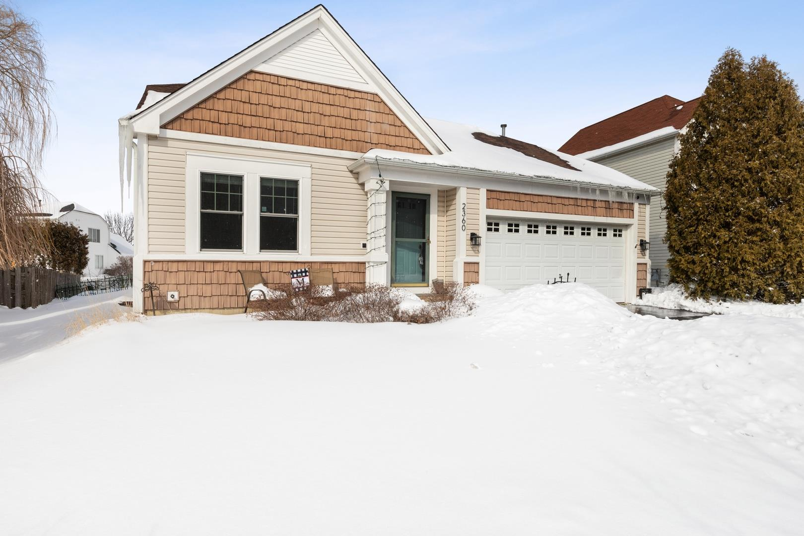 2360 Stanton Circle, Lake in the Hills, IL 60156 - #: 10999662