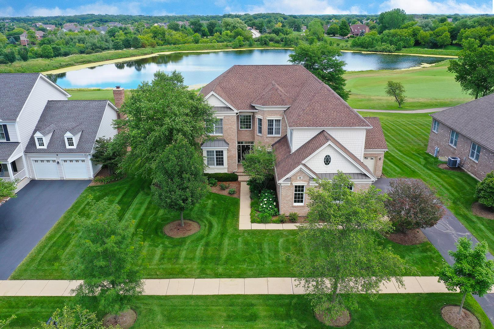 8 Tournament Drive S, Hawthorn Woods, IL 60047 - #: 10808664