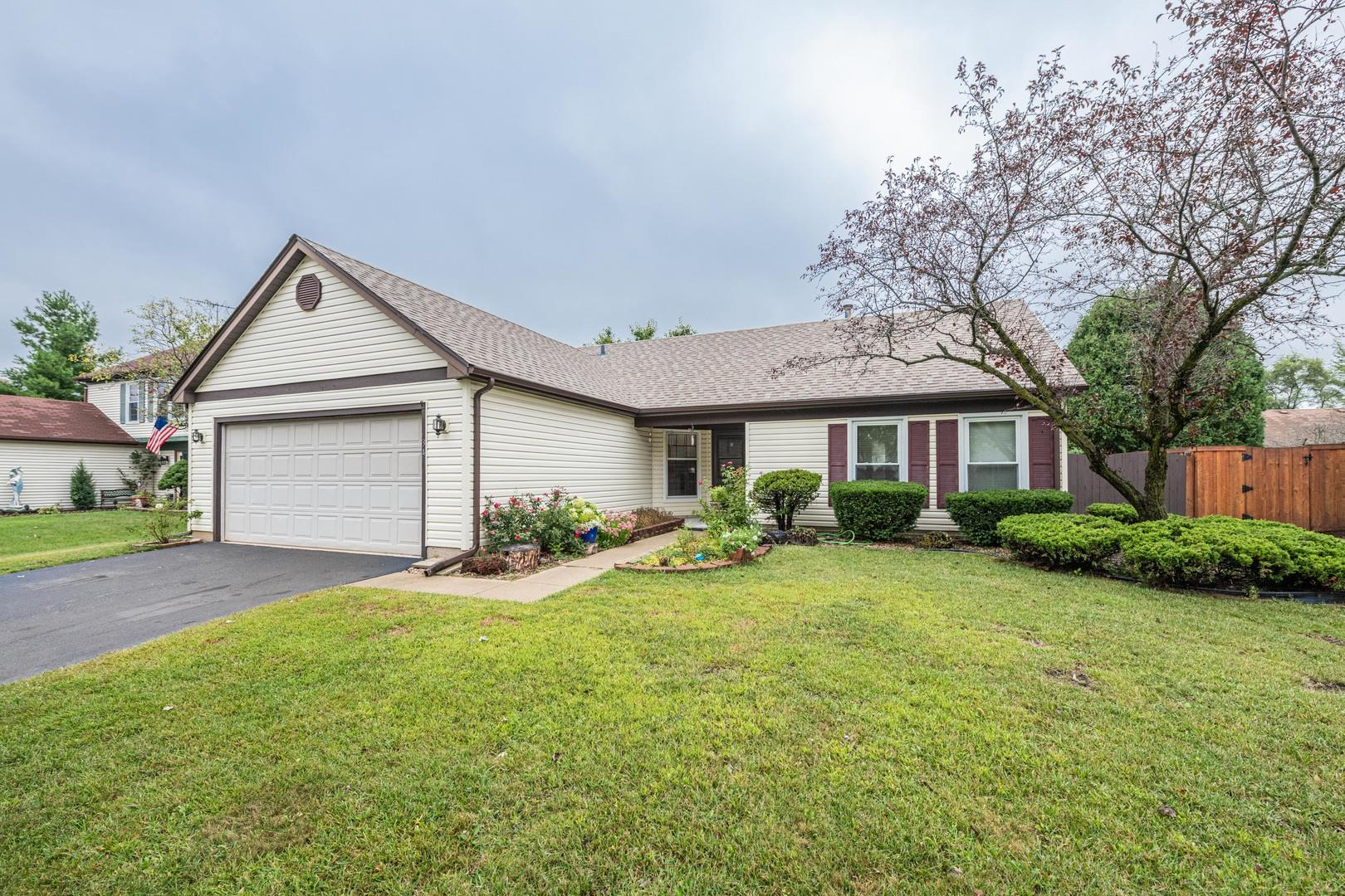 34 Oriole Lane, Glendale Heights, IL 60139 - #: 10856667