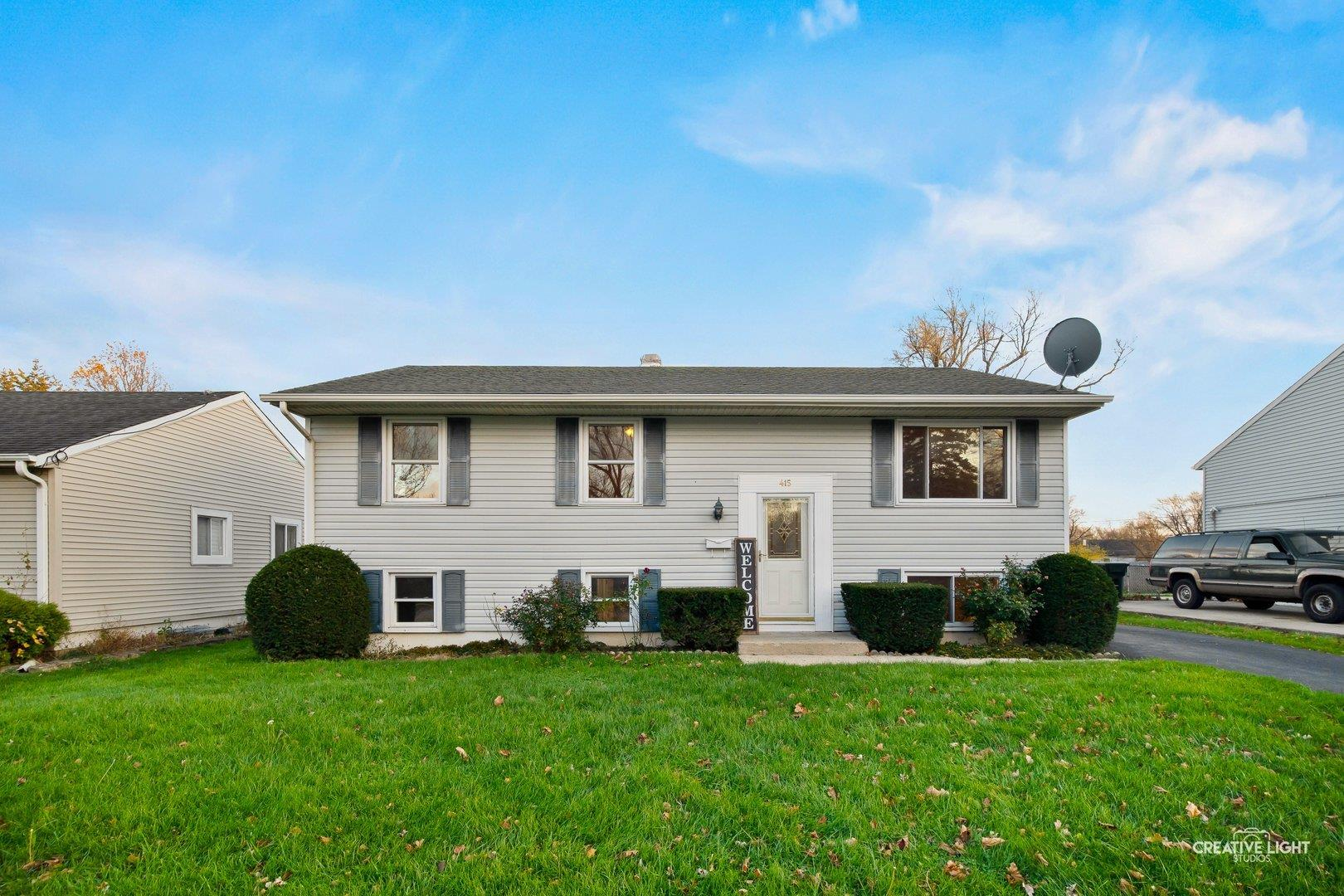 415 Mark Avenue, Glendale Heights, IL 60139 - #: 10930670