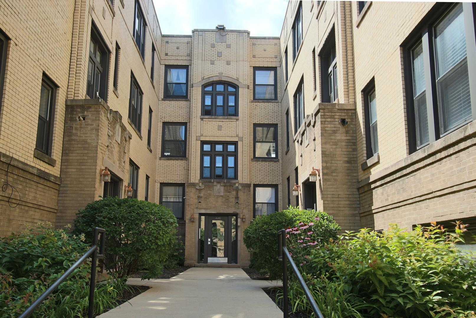 4642 N Albany Avenue #3E, Chicago, IL 60625 - #: 10965672