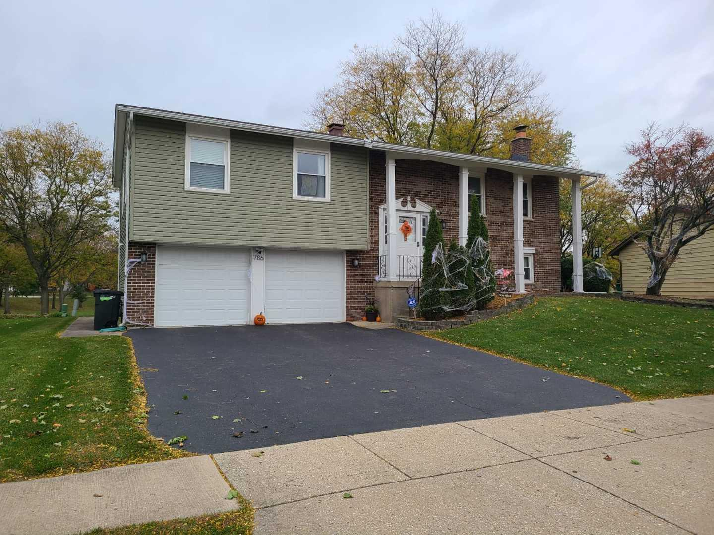 786 Michigan Lane, Elk Grove Village, IL 60007 - #: 10917674