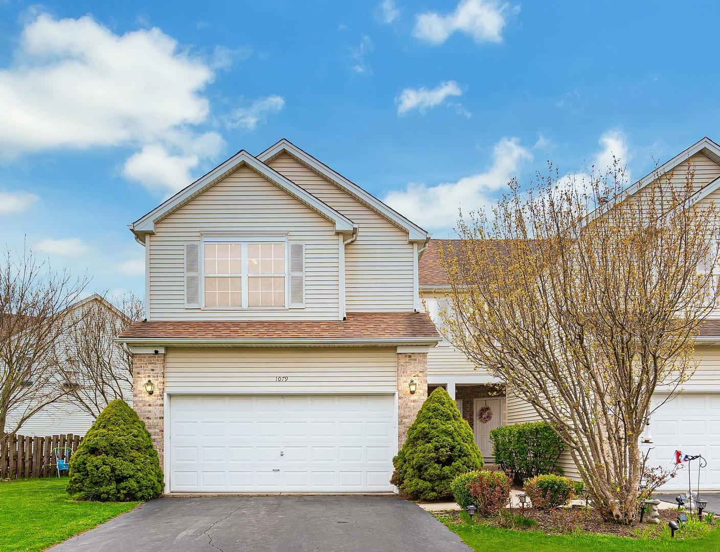 1079 Viewpoint Drive, Lake in the Hills, IL 60156 - #: 11062685