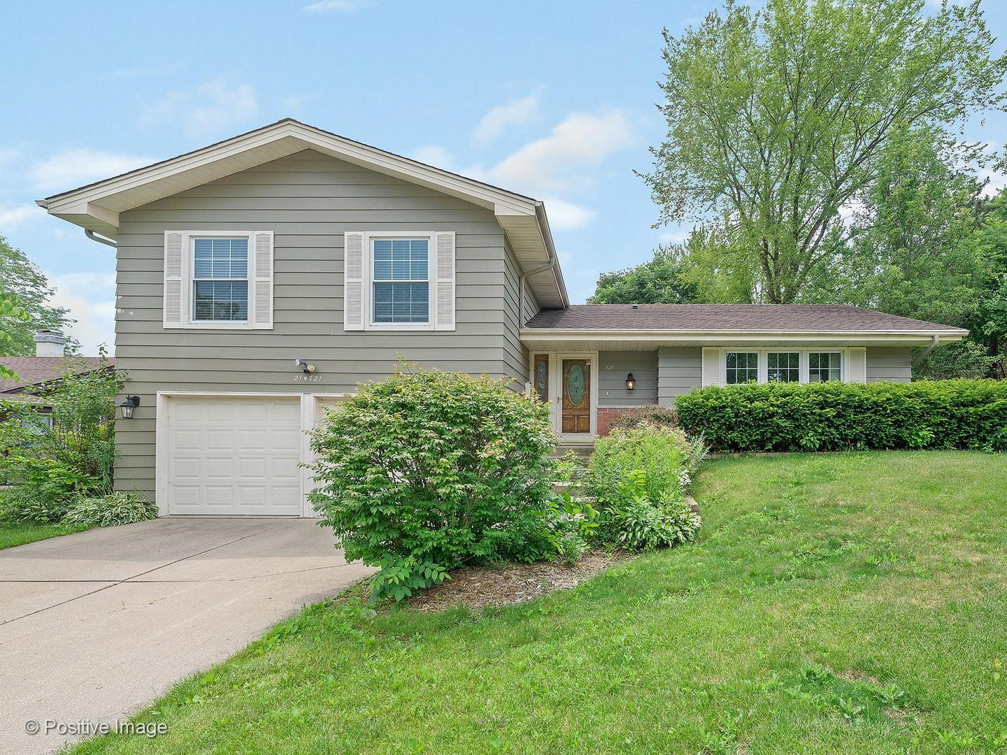 21W721 Huntington Road, Glen Ellyn, IL 60137 - #: 10934704